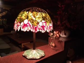 ティファニーレプリカ -Red lotus lamp28インチ-